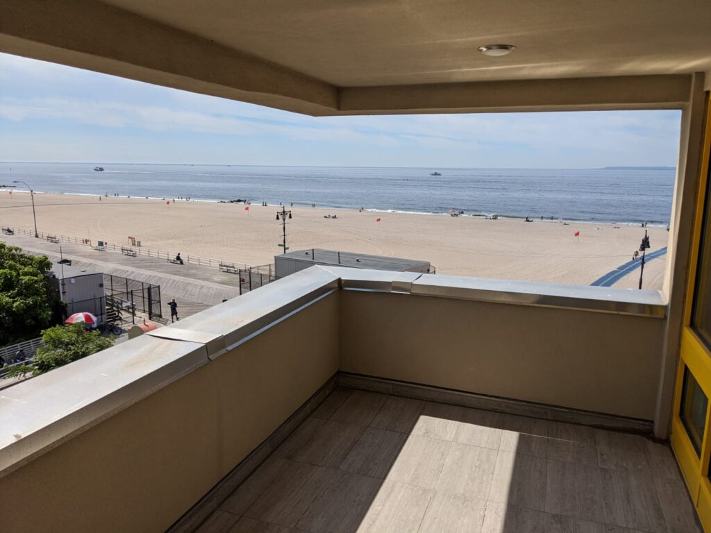 Oceanview manor home for adults view